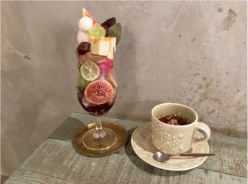 まさに芸術的♡ 秋のスイーツと果物をたっぷり使った 『 ヘーゼルナッツパフェ 』♡♡