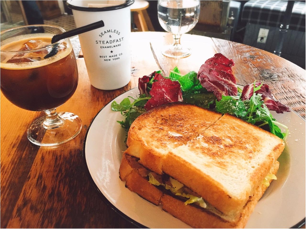 どこを撮ってもおしゃれ?白金のおしゃれカフェ『DAY&NIGHT』でサンドイッチを!!_2