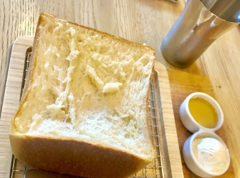 【オーダーチャンスは15分?!】俺のBakery&Cafeでふわもち食パン体験