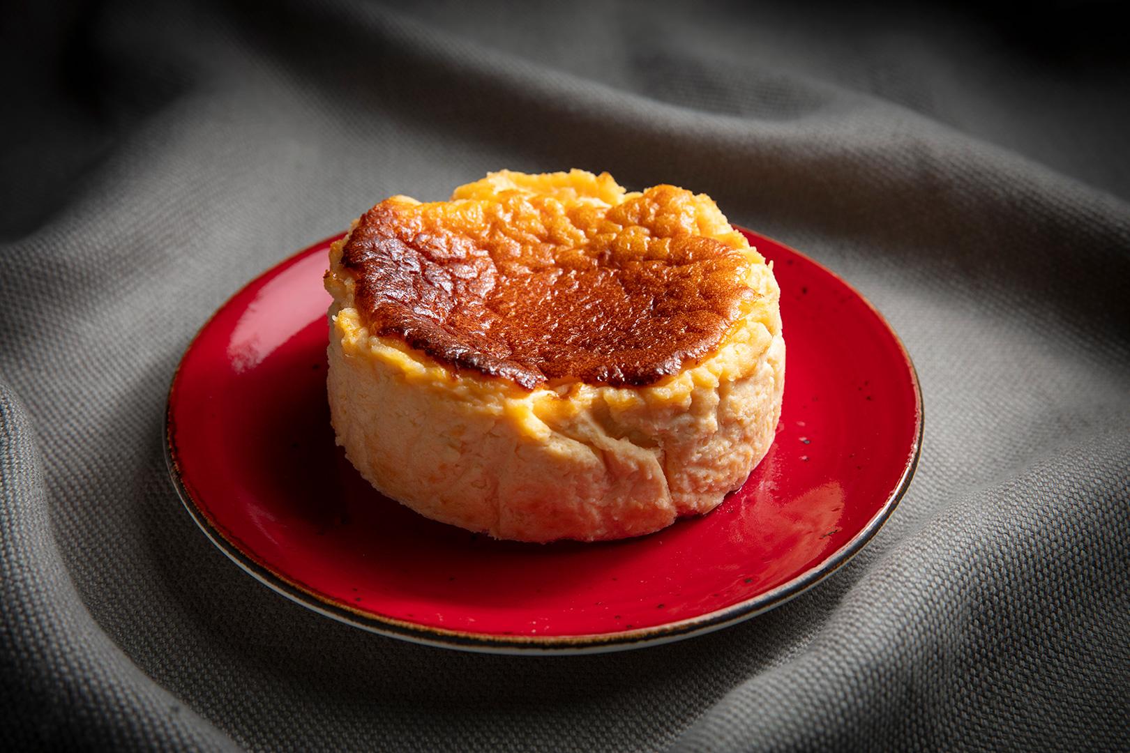「No.1 CHEESECAKE」にスペシャルパッケージが限定登場♡ 絶品チーズケーキのおいしさに魅せられて_3