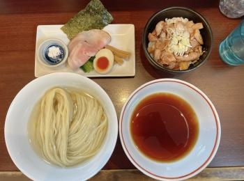 【神奈川・東海神】絶品!昆布水つけ麺