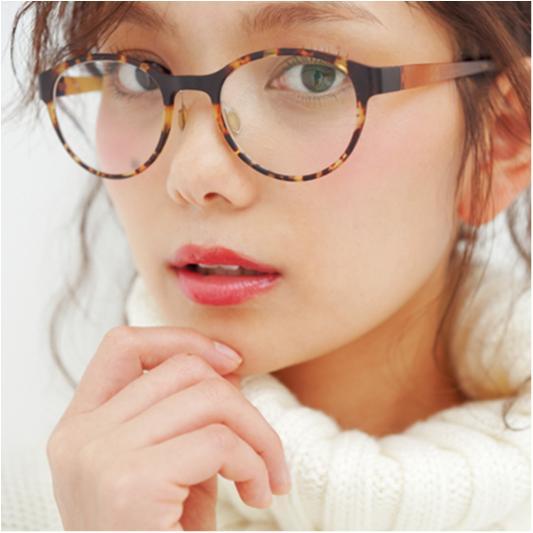 【武智志穂Presents】冬から春に上手にシフトできる「旬小物×ヘアメイク」ーメガネ編ー_4