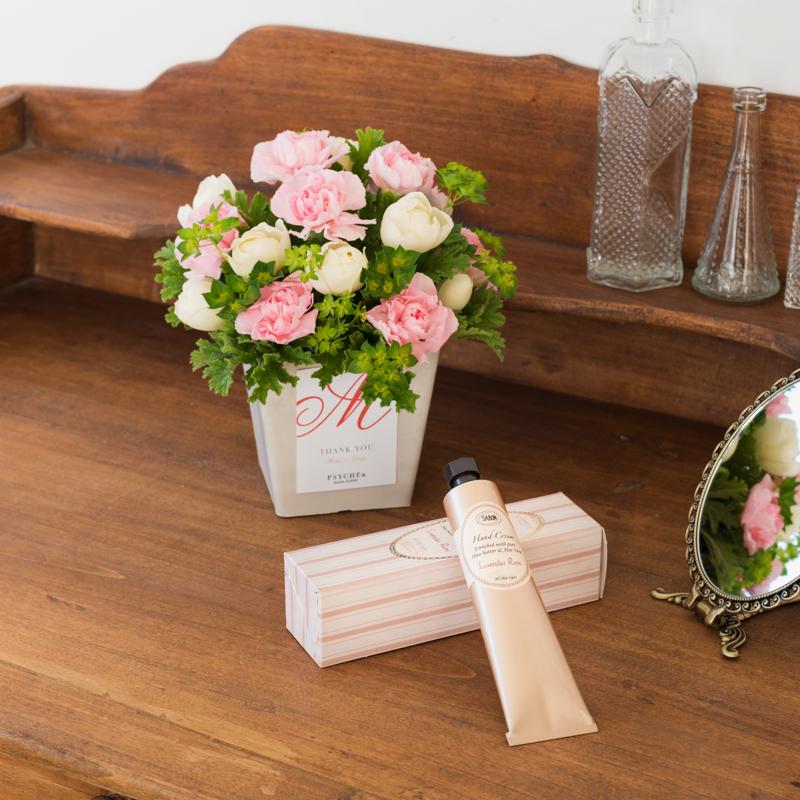 大好きなお母さんにお花と潤いを♡ フラワーブランド『PSYCHE&』と『SABON』のコラボギフトを予約しなくちゃ!_1_2