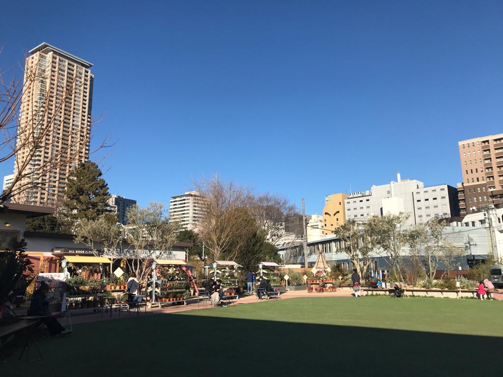 緑溢れる広場やカフェ、お花屋さん❤︎【SHARE GREEN MINAMI AOYAMA】がお洒落すぎる♡_2