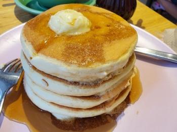 ≪神戸カフェ≫ふわふわ&とろとろパンケーキ♡【belle-ville】