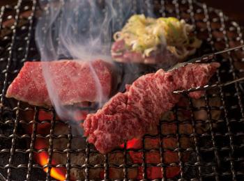 大阪のおすすめ焼肉店7選 - コスパの高い鶴橋の人気店や、芸能人御用達の老舗など