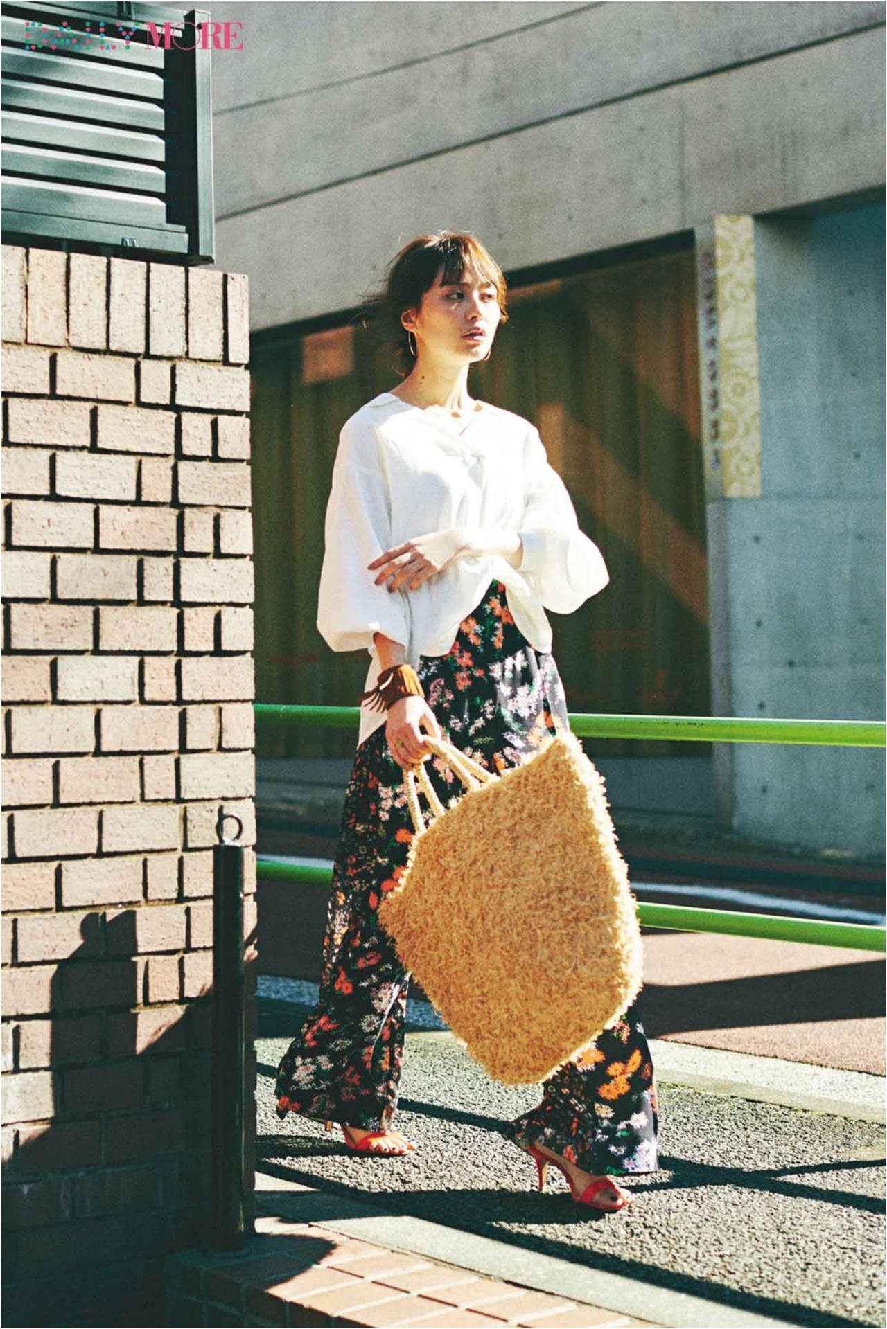 【今日のコーデ/内田理央】真っ白なボリュームシャツ×花柄ワイドパンツで自由気ままな日曜日♪_1