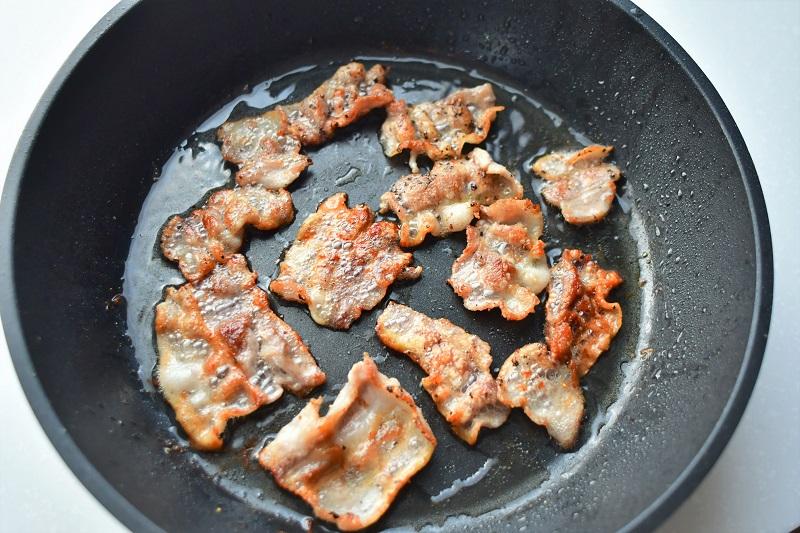 【10分で完成! 簡単おしゃれな一汁一菜レシピ~金曜日~】豚バラ肉とカラフル野菜の焼きびたし+切り干し大根のごまみそ汁+ごはん_2