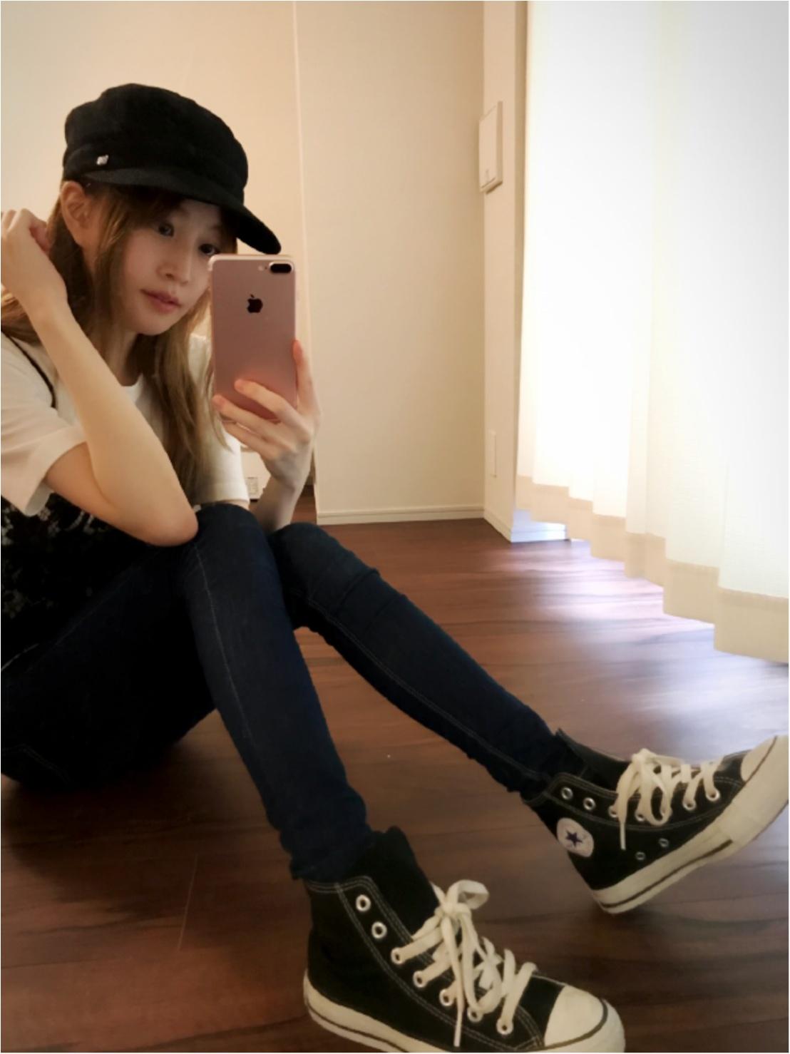 超優秀!黒コンバース♡「タイトデニム×コンバース」のカジュアルコーデ♡_2