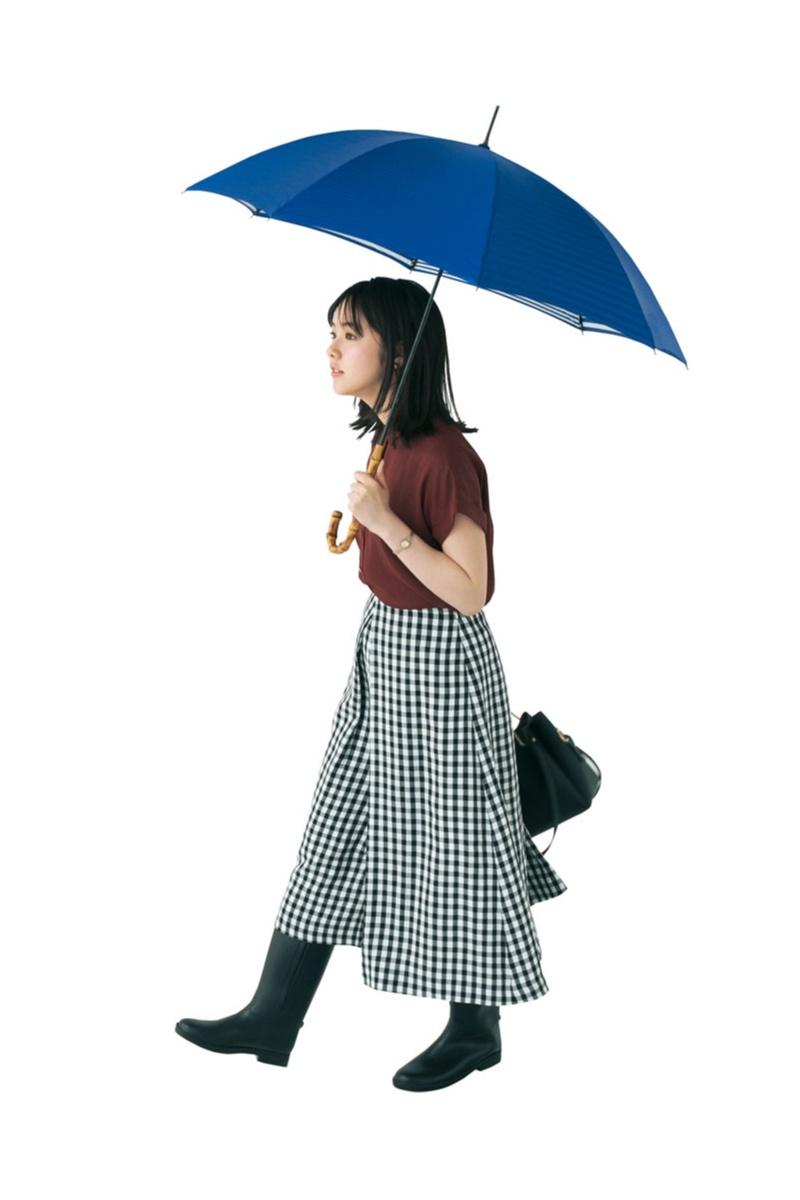 【今日のコーデ】雨の日はギンガムチェックで可愛く楽しく♪ 傘もきれい色で気分を上げて!_1