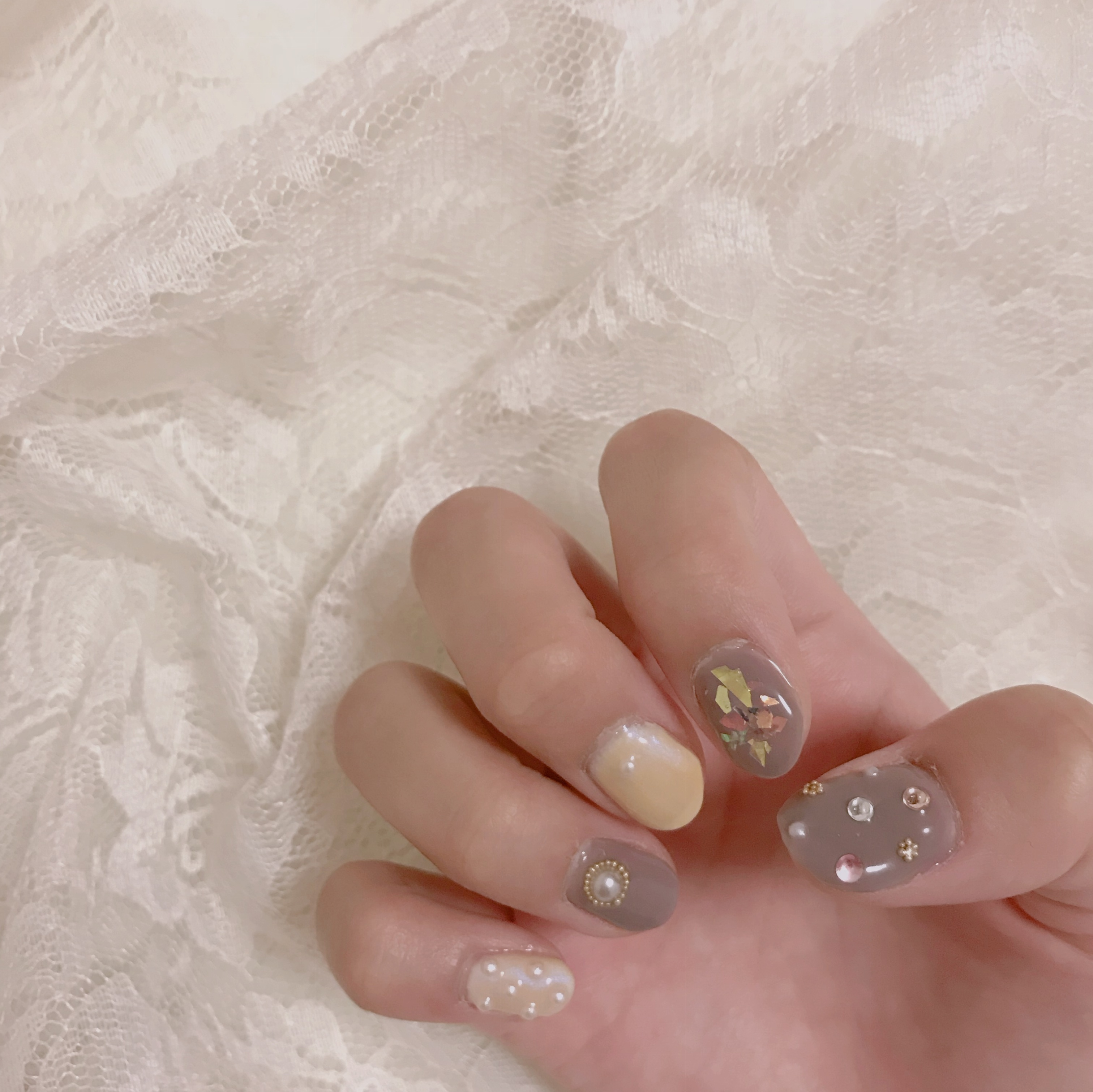 【週末ネイル】今年のトレンドカラーを使った可愛いネイルを紹介❤︎_1