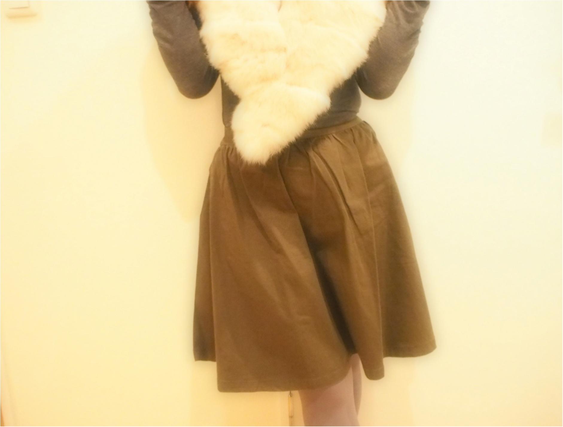 持っていると可愛い!やっぱり冬は「ファー小物」で女性らしく、冬らしく‼ ~ファーアイテム3選~_4