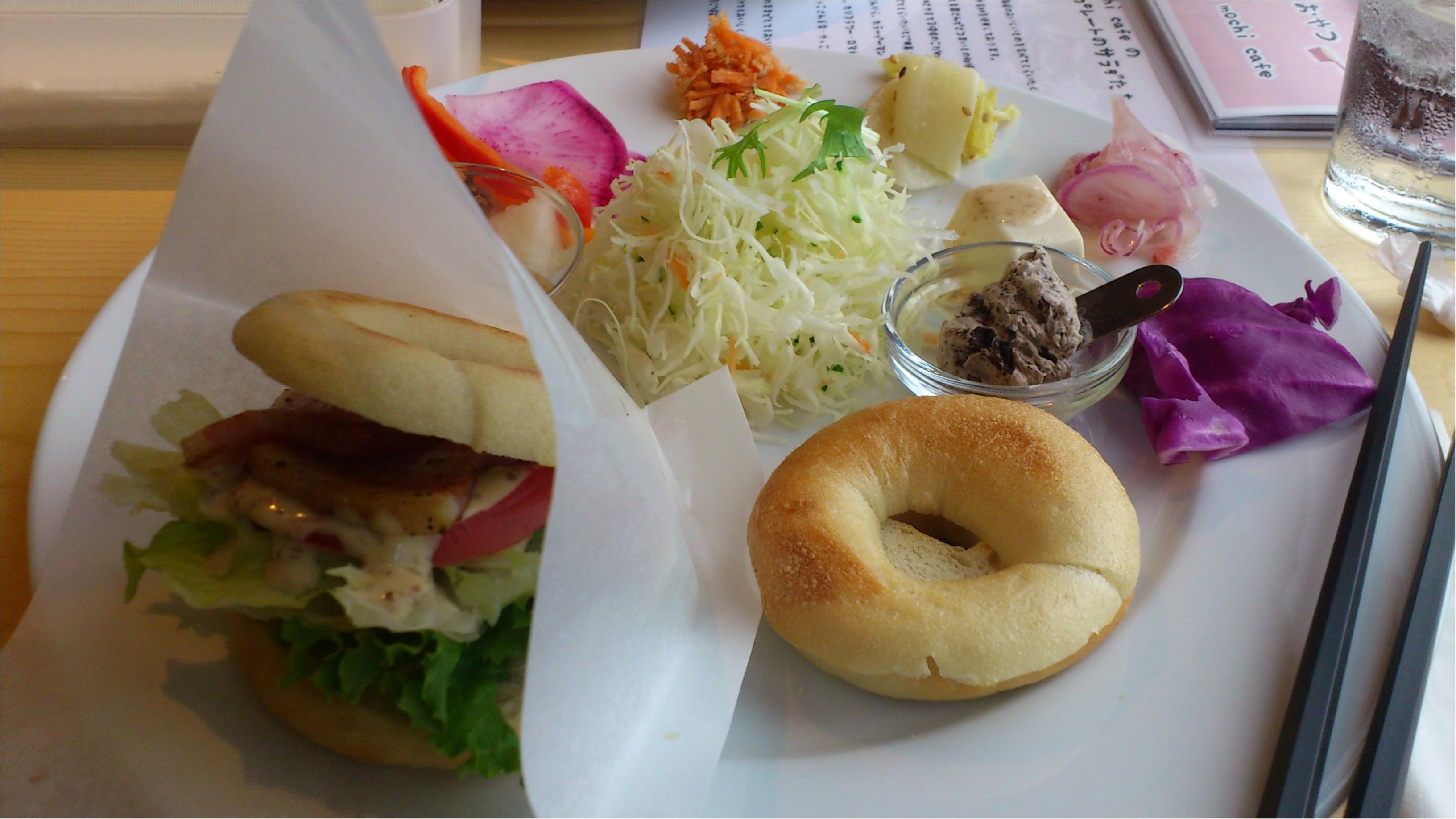 ベーグルバーガー、ドーナツの種類が豊富!【ふわもち邸カフェ】のランチ_1