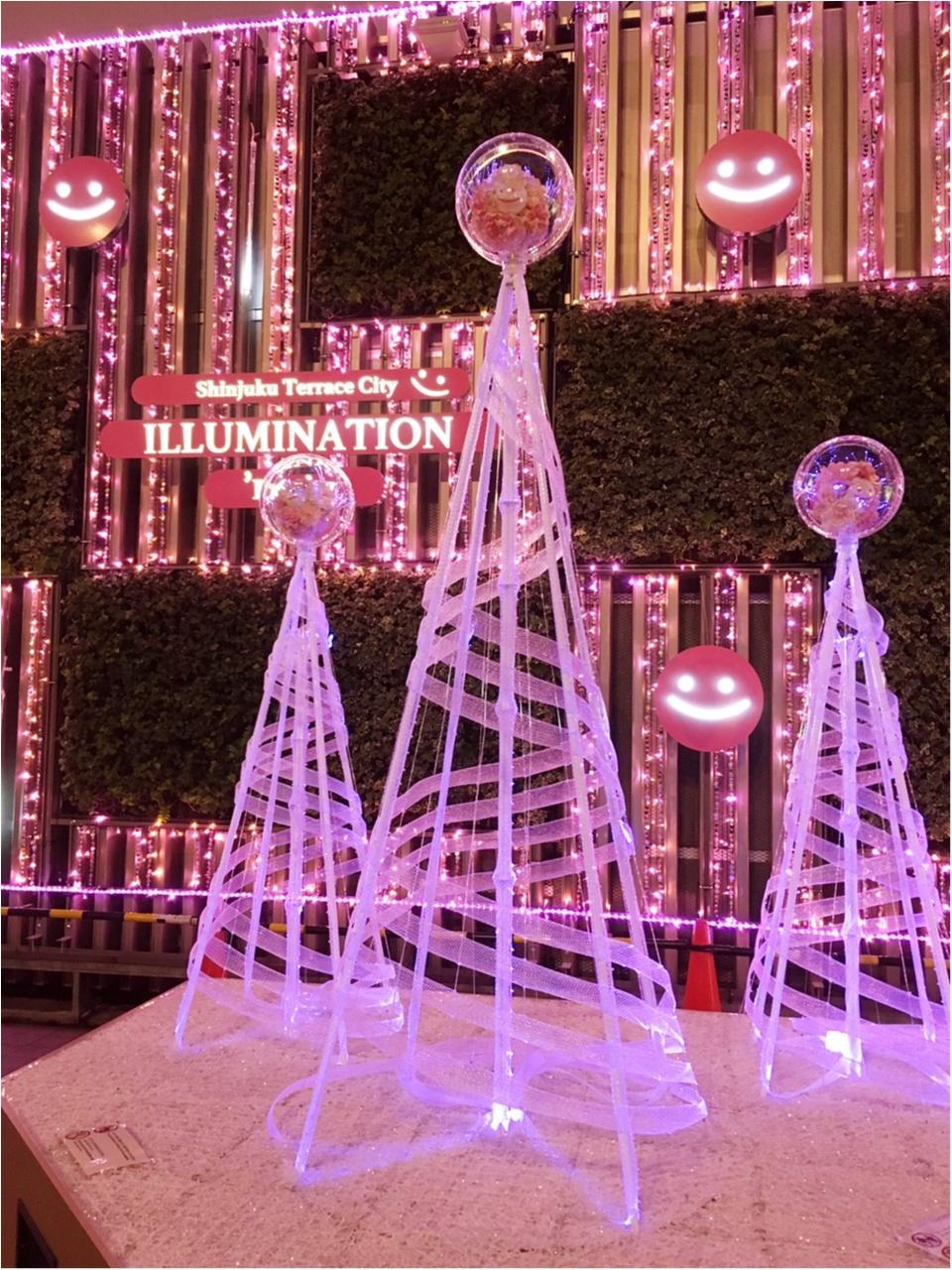 新宿の冬をベビーピンク色に染め上げる♡『新宿テラスシティ』のイルミネーションが女子力高め!体験型の『スマイルタワー』って?♡_3