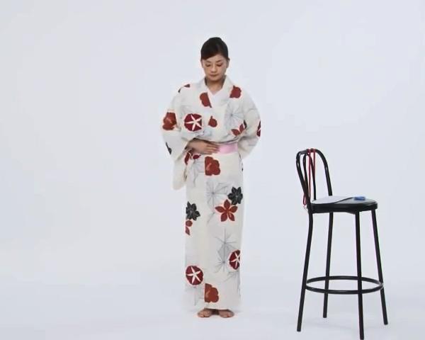 【わかりやすい動画付き】浴衣のセルフ着付け・帯の結び方 - 一人でできる! 女性の浴衣の着方は?_24