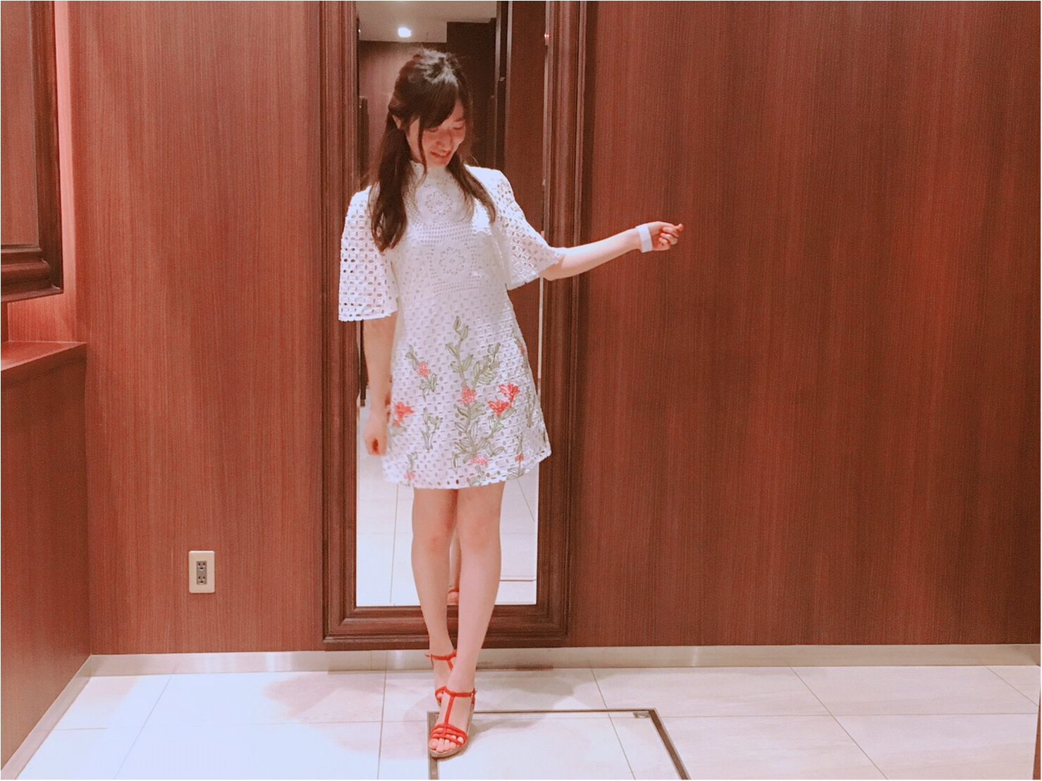 【ZARA】刺繍入りレースワンピース(¥7,990)がクラシカルで可愛い♡_4