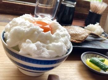 《最高の朝活》ふわふわの卵かけご飯✨鎌倉にあるおしゃれカフェ【ヨリドコロ】