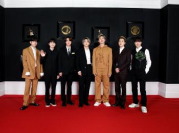 BTSがグラミー賞授賞式で着た衣装をチェック! 『ルイ・ヴィトン』やオレンジスーツで登場
