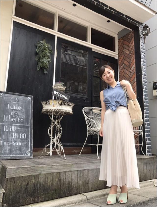 【Fashion】ユニクロのロングスカート×アースのノースリーブシャツで涼しげコーデ_4