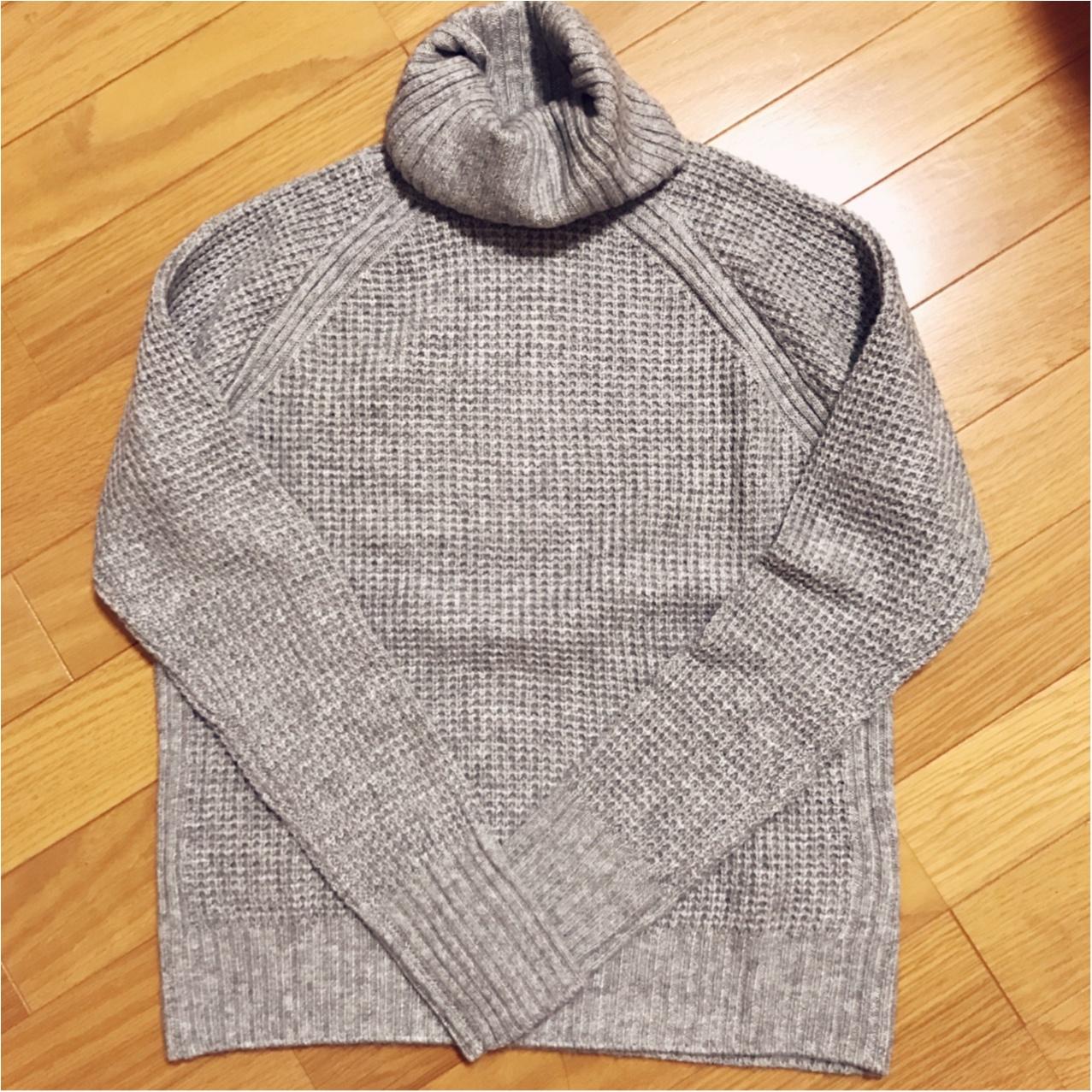 UNIQLOの《カシミヤブレンドタートルネックセーター》がプチプラなのに優秀すぎる♡_1