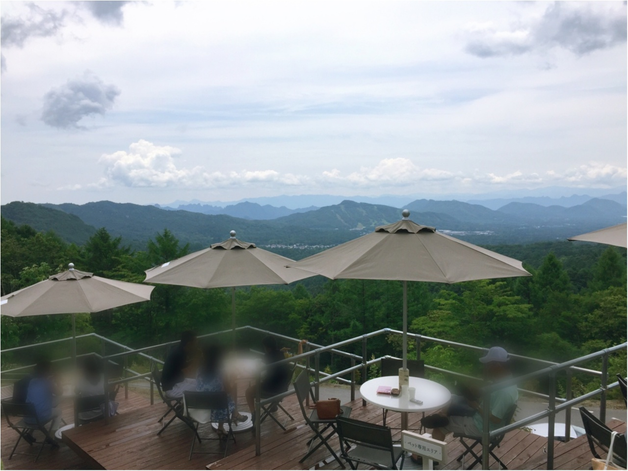 軽井沢の景色を一望するなら!まるで山の中に浮かぶような『天空カフェ・アウラ』へ!!_1