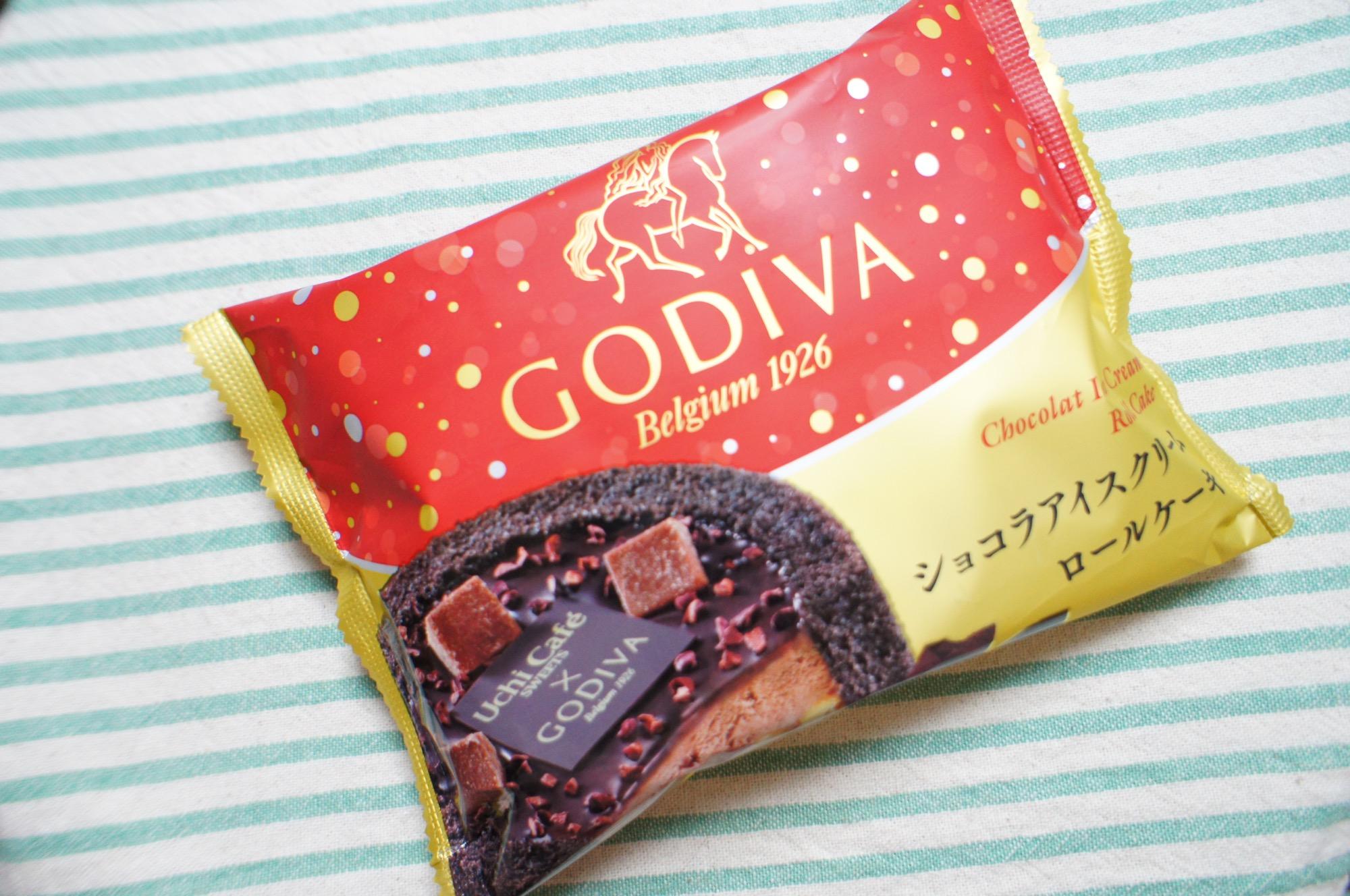 《大人気❤️コラボスイーツ!》【LAWSON × GODIVA】ショコラアイスクリームロールケーキが絶品☻_1