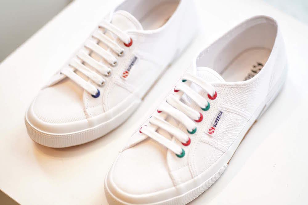 『スペルガ』の白スニーカーを自分流に!『オデット エ オディール』店舗でカスタマイズイベント開催☆_2