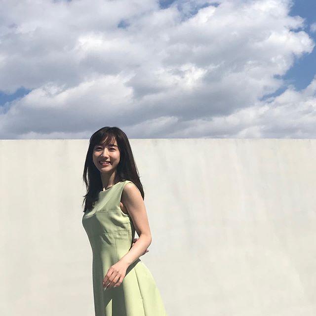 爽やかな笑顔の田中みな実さん♪【MORE5月号の撮影オフショット】_1