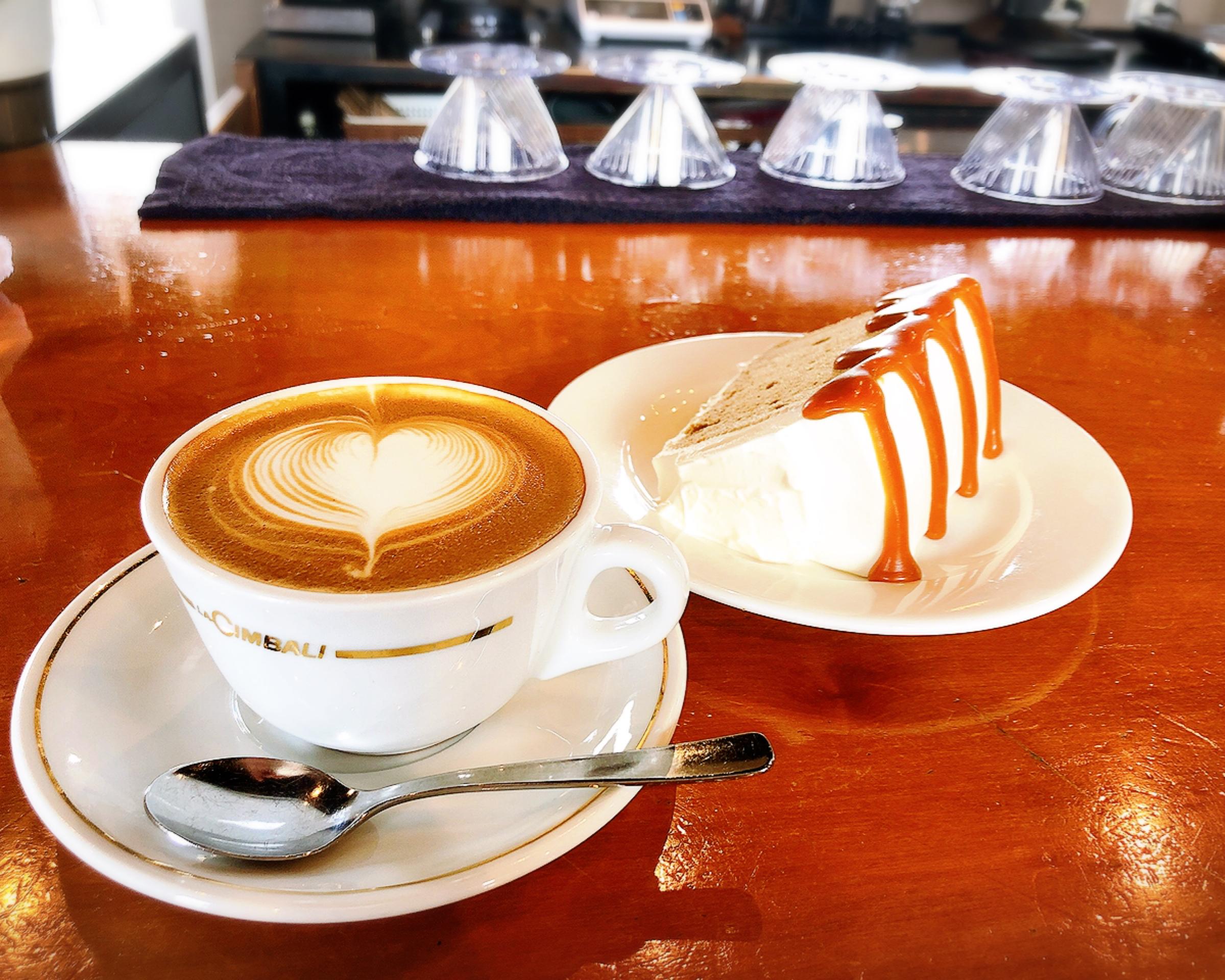 【#静岡カフェ】こだわり自家焙煎本格派コーヒーとふわふわ生キャラメルシフォンケーキが美味♡_1