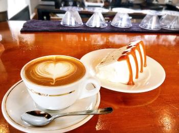 【#静岡カフェ】こだわり自家焙煎本格派コーヒーとふわふわ生キャラメルシフォンケーキが美味♡