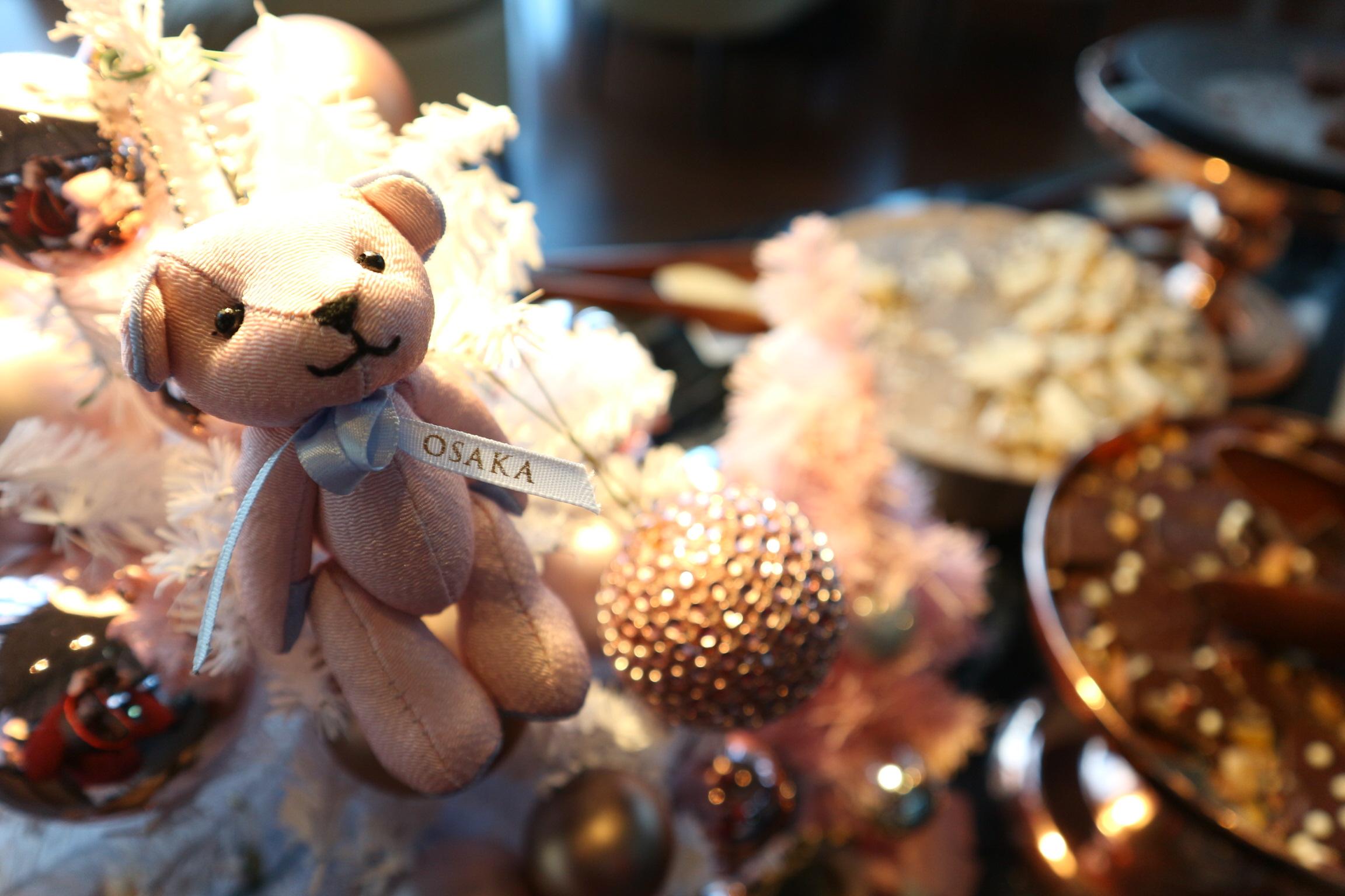 【コンラッド】ローズゴールドを基調とした空間でクリスマススイーツビュッフェ♡_25