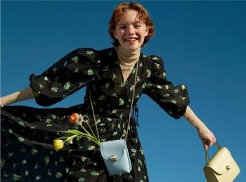『サマンサタバサ』の春バッグはシンプル可愛い! 仕事も休日もハッピーに♪