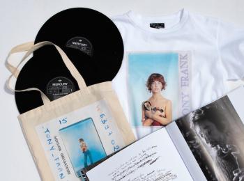 ジェーン・バーキンのフォトTも♡『アニエスベー』がフォトグラファー、トニー・フランクの写真集を独占販売!