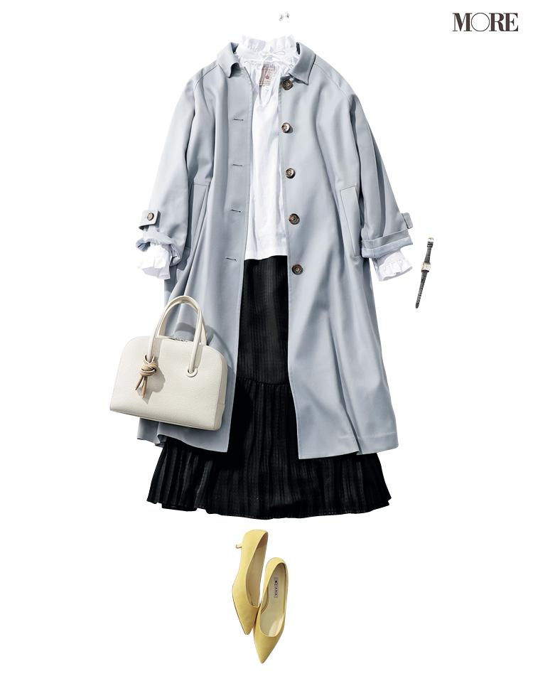 衿コンシャスなブラウスとスカートにステンカラーコートをはおったコーデ