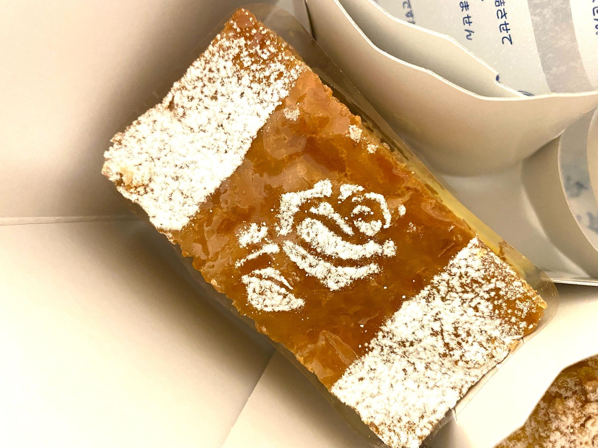 白金高輪駅にある《パッション ドゥ ローズ》はインパクトのあるケーキ屋♡_8