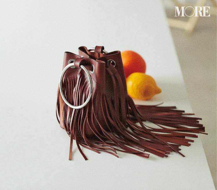 夏のトレンドバッグ特集《2019年版》- PVCバッグやかごバッグなど夏に人気のバッグまとめ_58