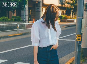【今日のコーデ】<土屋巴瑞季>夏にデニムを履くなら、透け感ブラウスやヌーディなサンダルで軽さを出して
