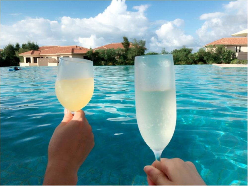 ラグーンプールで乾杯♡スパークリングワイン♪_3