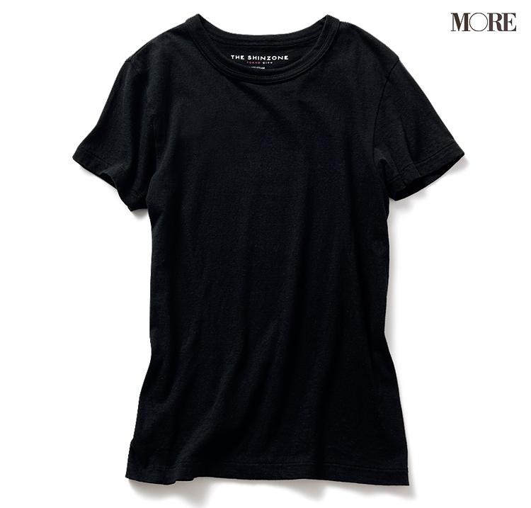 着回しやすい黒のコンパクトTシャツ
