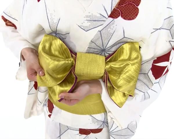 【わかりやすい動画付き】浴衣のセルフ着付け・帯の結び方 - 一人でできる! 女性の浴衣の着方は?_69