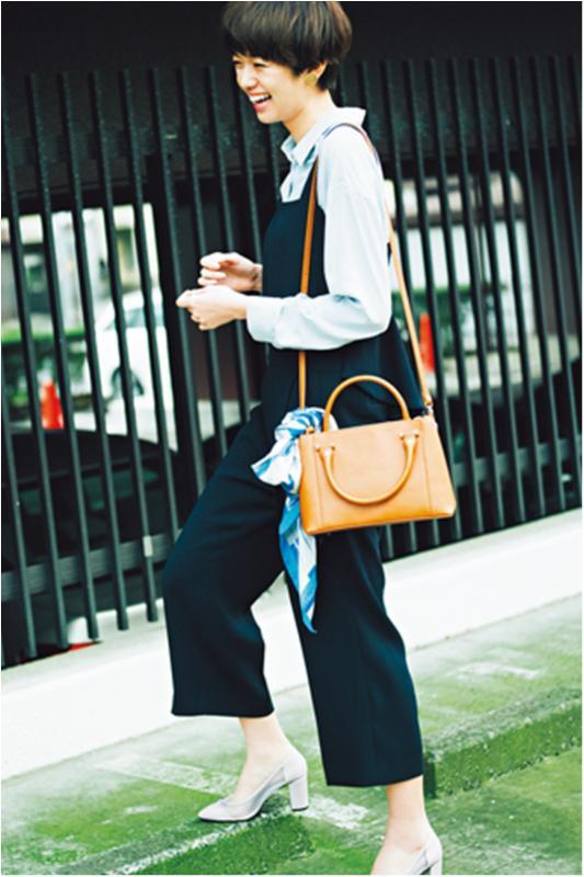 おしゃれな人がこの春最初に履きたい靴【透けるパンプス&カットワーク】_1