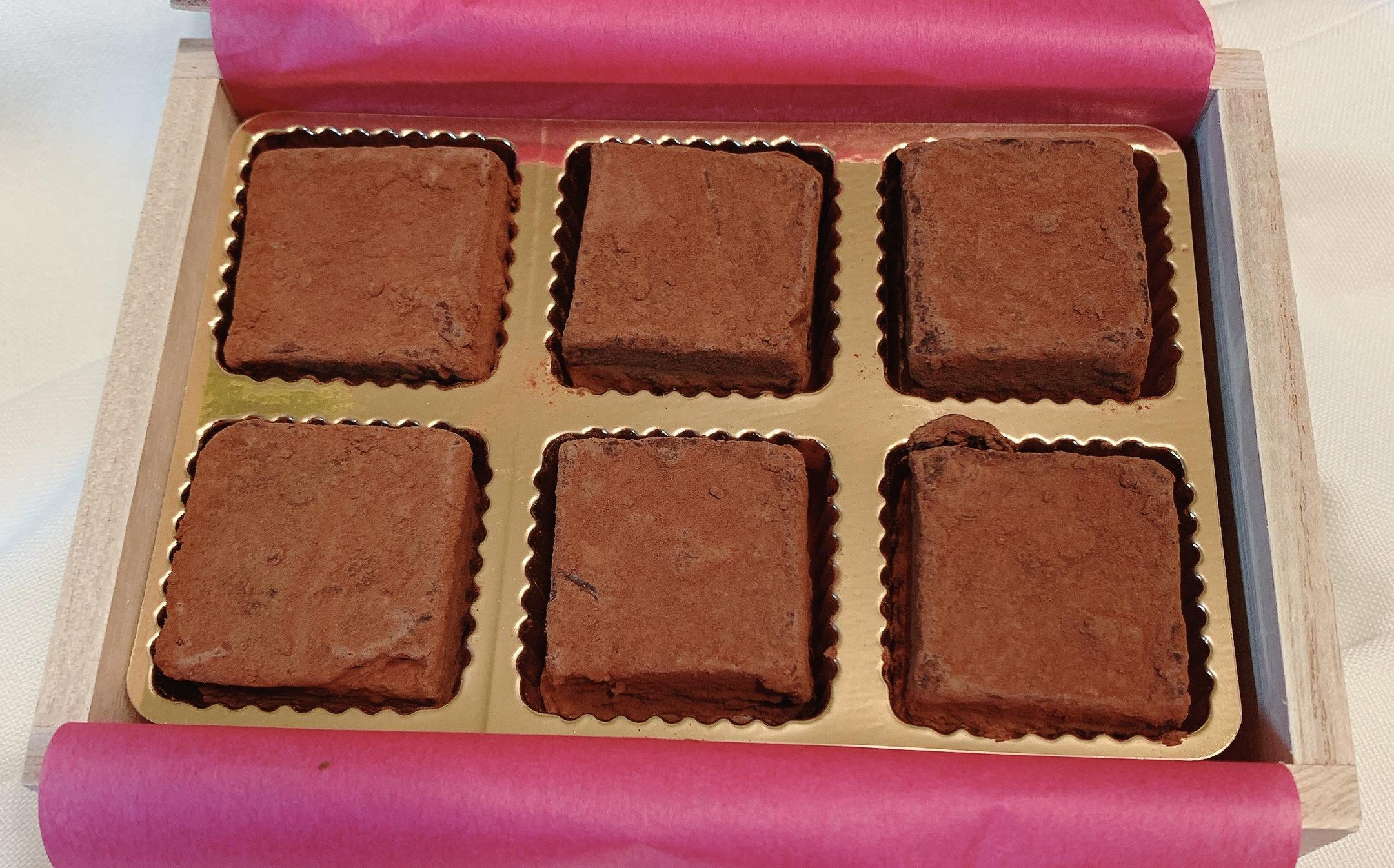 バレンタインMYチョコや本命チョコにおすすめ!ニューヨーク生まれ「5th AVENUE Chocolatiere」の生チョコが大人な味わいで美味しい★今回はストロベリー風味トラッフルにしてみました_2