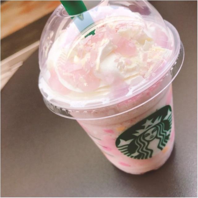 《スタバに桜のシーズン到来★》史上初!「桜もち」コラボの新作フラペチーノをさっそく飲みました♡_1