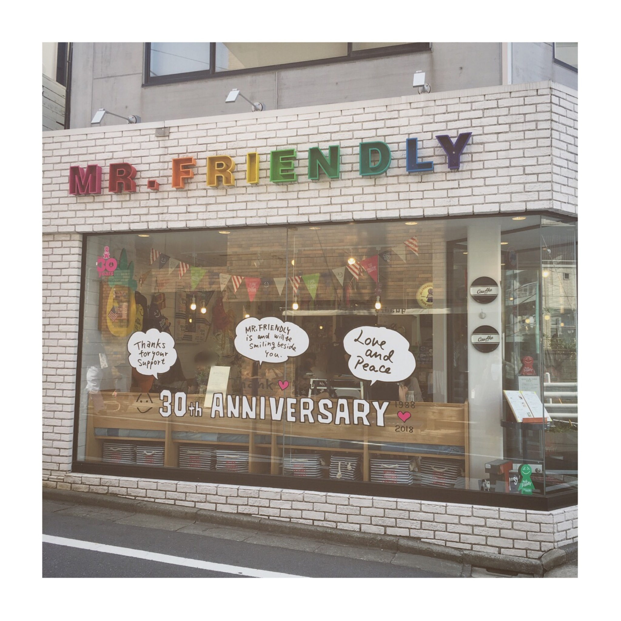 #3【#cafestagram】❤️:お店の中から外までとにかくかわいい!《代官山》MR. FRIENDLY CAFE☻_1