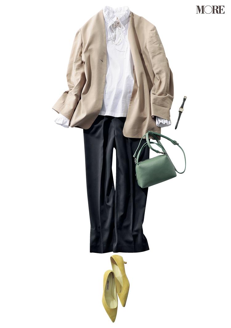 白ブラウス、ジャケット、黒パンツのオフィスカジュアルコーデ