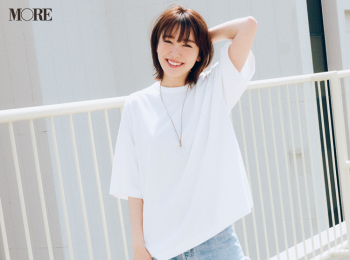 【今日のコーデ】<飯豊まりえ>白Tシャツとデニムパンツ。超シンプルコーデこそサイズ感がカギ!