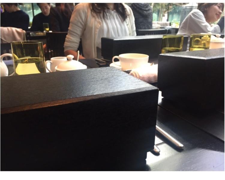 【FOOD】ブラックアフタヌーンティー だけじゃない!アマン東京 ザ・カフェの、スイーツボックスにも注~目♥_5