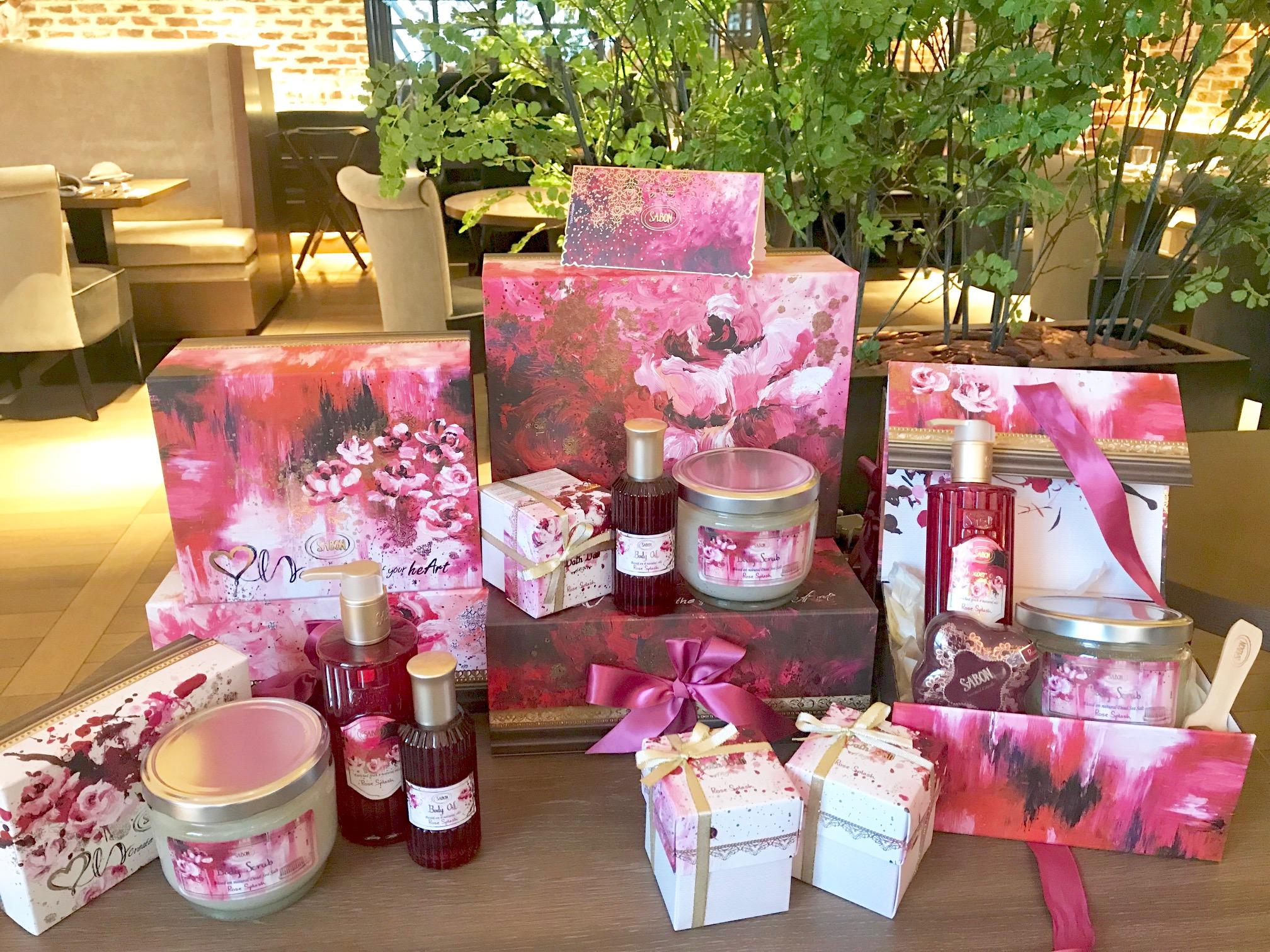 『SABON』が贈る、ローズ香るピンクのディナー(しかも特典つき♡)!! 今度のデートや女子会は『ザ ストリングス 表参道』で_1