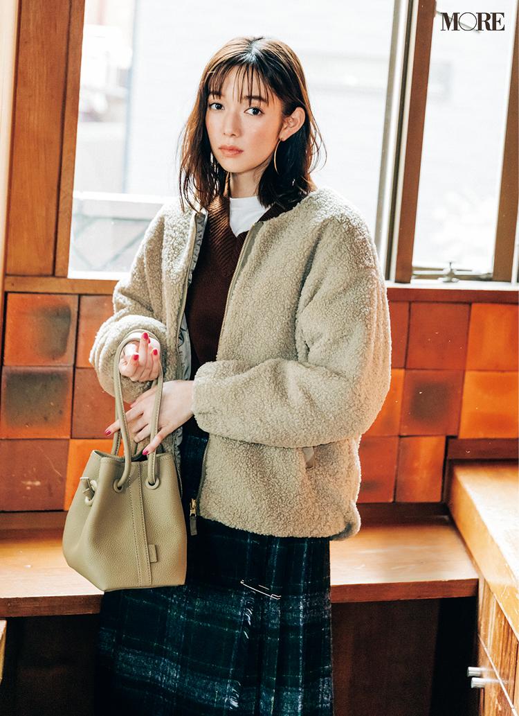 モコモコで可愛くて暖かいアウターボアブルゾンコーデの佐藤栞里