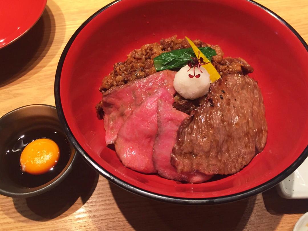 ご褒美ランチにぴったり!な大人の牛丼☻和牛贅沢重@神楽坂♡_1
